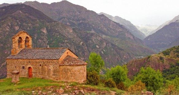 27-Ermita de Sant Quirc de Durro, situada a 1.500m de altitud-metirta.online