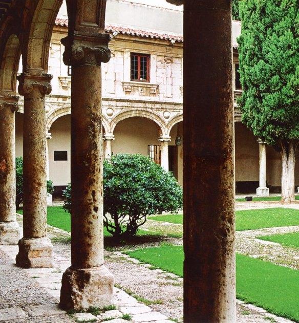 18-Patio Trilingüe del Colegio de San Ildefonso, sede de la Universidad de Alcalá de Henares