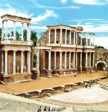 19-Ruinas del Teatro Romano de Mérida, marco actual del Festival del Teatro Clásico de Mérida