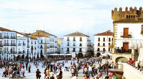 25-Plaza Mayor de Cáceres-metirta.online