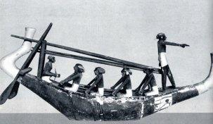 5-Barca de recreo de una reina de la XVIII dinastía en Tebas en la que se consideraba que el muerto hacia su viaje a Busiris