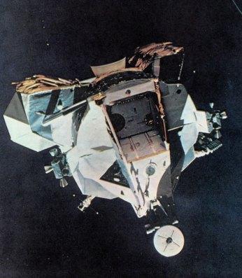 13-la cabina en orbita a la luna-metirta.online