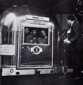 14-nixon con los tres astronautas-metirta.online