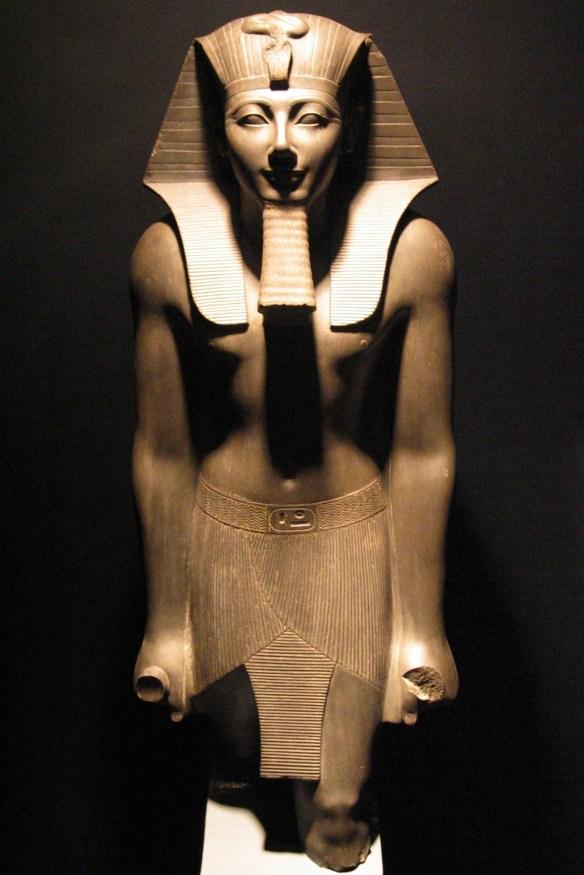 11-Faraón Tutmosis III