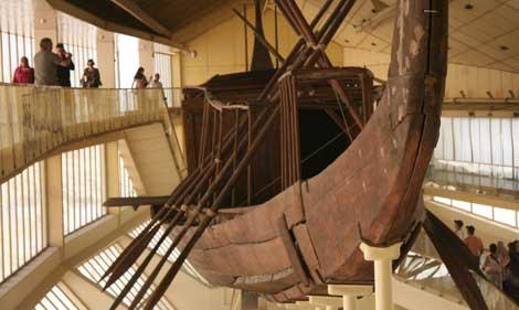 8-Barco solar del faraón Keops - copia