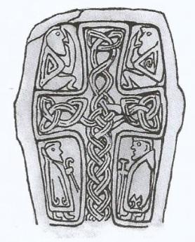 11-Cruz celta con dos figuras -metirta.online