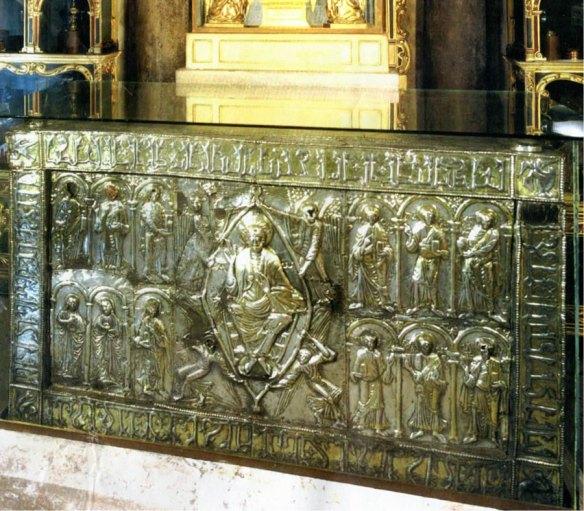 1-Arca de las Reliquias de Oviedo.metirta.online