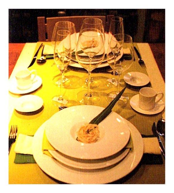 2-mesa con luz suave.metirta.online