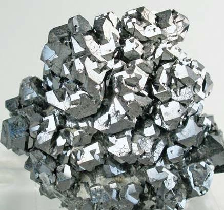 4-Plomo-metal